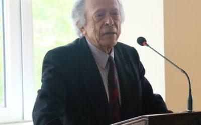 Նյու Յորքից ժամանած պրոֆ. Աբրահամ Տերյանը Ճեմարանում հանդես եկավ վանականության վերաբերյալ դասախոսությամբ